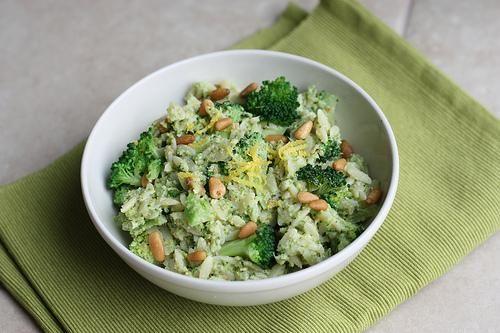 Pasta Recipe : Orzo Broccoli Pesto Salad