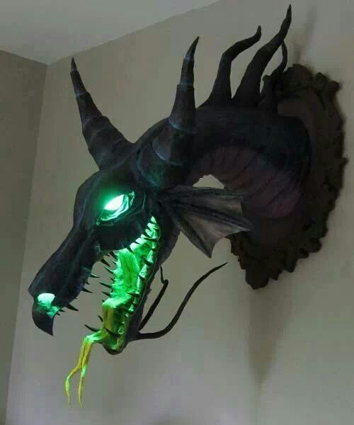 Awesome Dragon Decor Hole In The Wall Pinterest