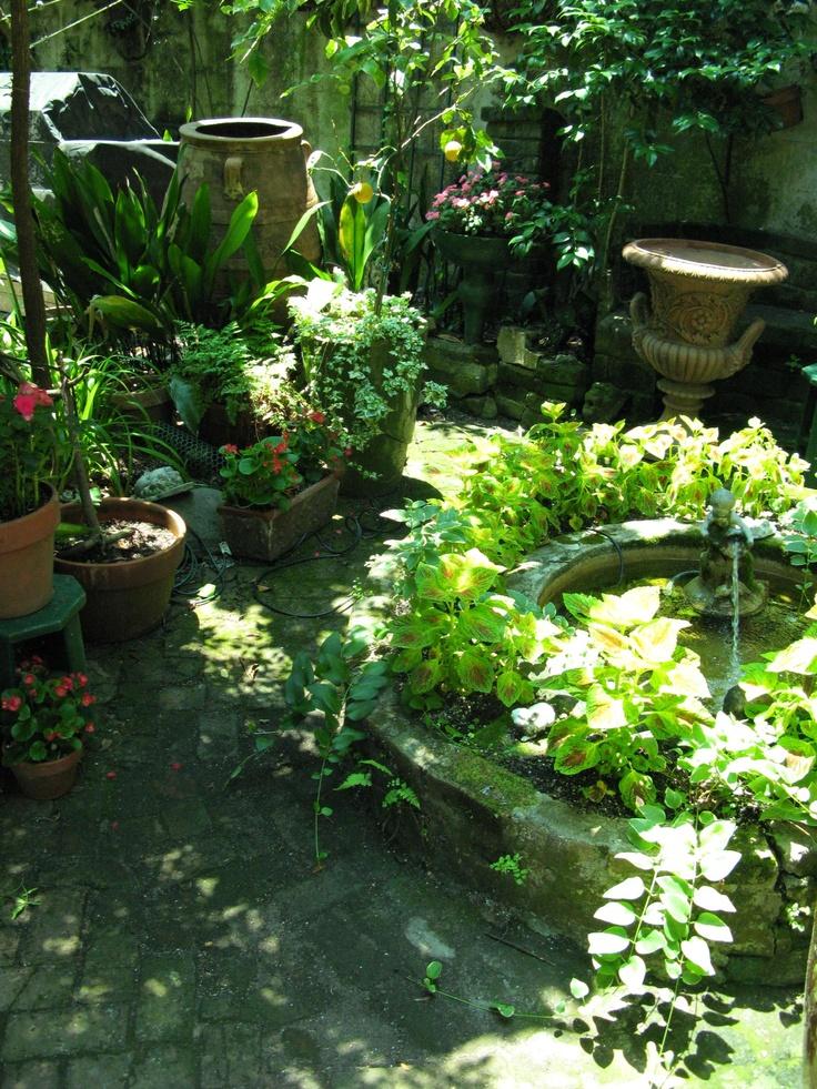 French Quarter Courtyard Garden New Orleans Courtyard
