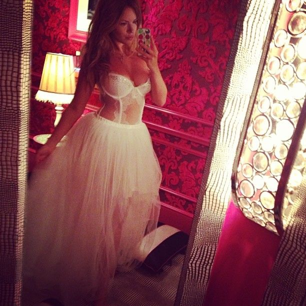 Red and cream wedding lengha dress   eBay