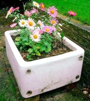 Stone Sink Garden : ... ://www.houseplantsguru.com/wp-content/uploads/2011/03/sink-garden.jpg