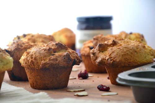 ... -Free Orange Cranberry Oatmeal Muffins via @Matty Chuah Healthy Apple