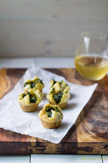 Spinach-Artichoke Mini Puff Pastry Bites via LittleFerraroKitchen.com ...