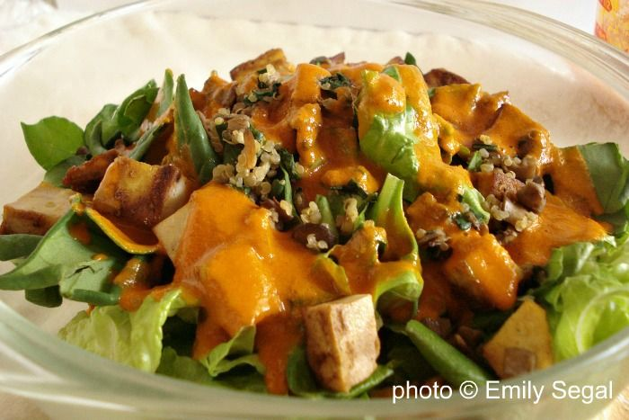 Green Salad with Tofu Croutons and Tomato Paprika Dressing