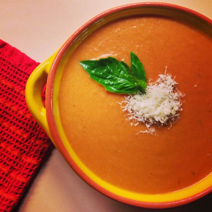 Neurotic Kitchen : Soup's On! - Quick & Healthy Tomato Bisque