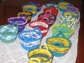 ganchillo con bolsas de plastico. crochet with plastic bags