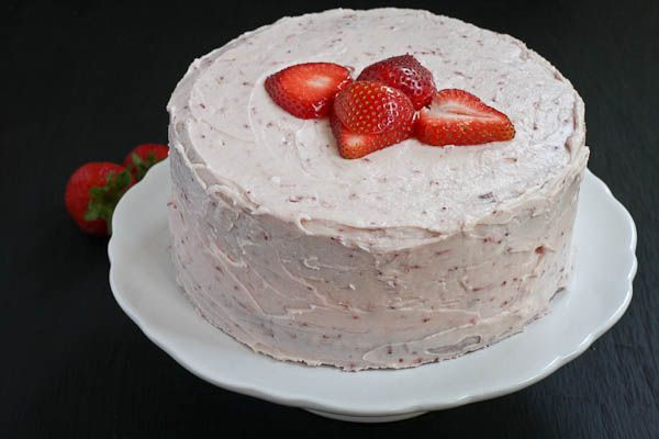 Strawberry Dream Cake (Strawberry Cake WITHOUT food coloring) MY KIND ...