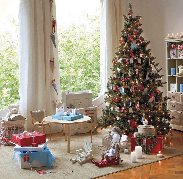 Luxurious Christmas Tree Decorating Ideas For School Decor Tree Decorating Ideas Christmas Tree Decorating Ideas Christmas Tree