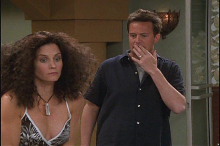 Monica and Chandler   FRIENDS!   Pinterest