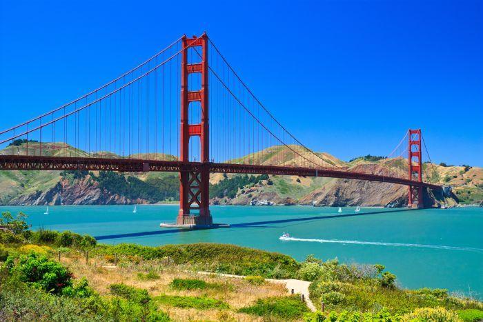 Golden Gate Bridge by day  San FranciscoGolden Gate Bridge At Day