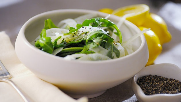 Shaved Fennel & Arugula Salad. Recipe >> http://www.cooktasteeat.co...