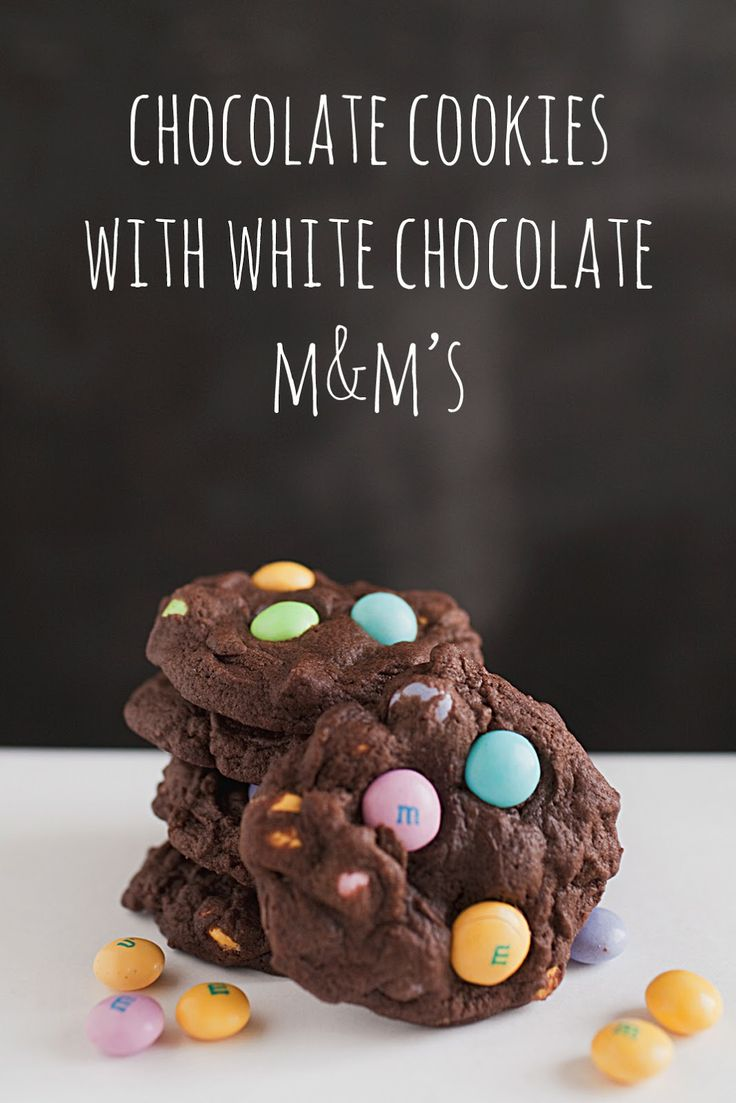 Easter Ideas, Easter Recipes, Easter, Cookie Recipe, Chocolate cookies with white chocolate M&Ms