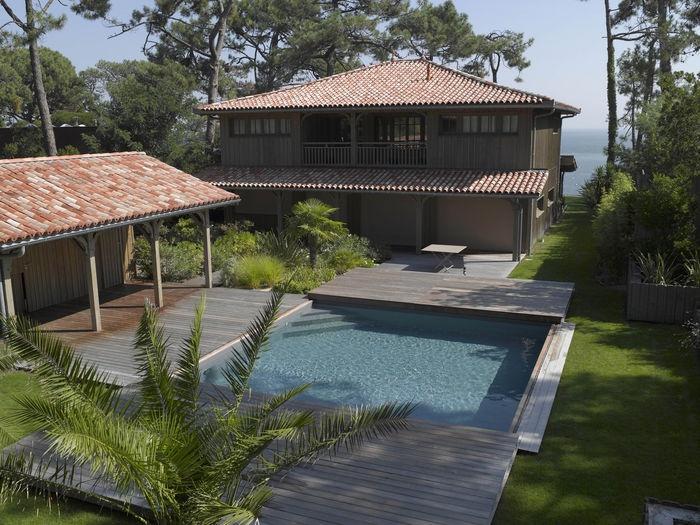 Piscine carr e personnalis e superbe piscines for Piscine personnalisee