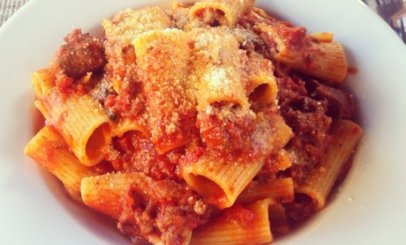 how to make bolognese sauce | Comfort food | Pinterest