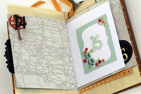 gratitude mini by Stephanie Howell using AC / Amy Tangerine mini book
