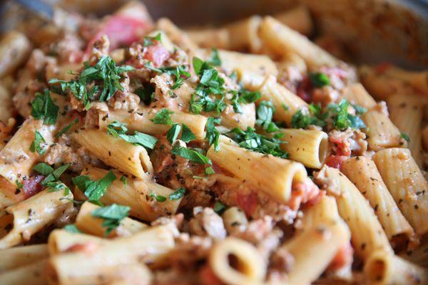 Skillet Baked Ziti | Dinner ideas | Pinterest