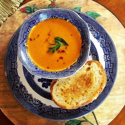 Tomato blue cheese soup! | Healthy eats | Pinterest