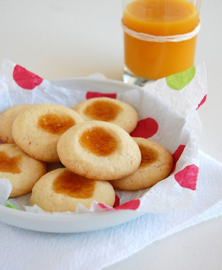 Apricot thumbprint cookies. I made these for dan around Christmas time ...