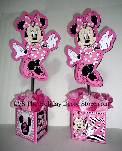 Diy small 12 minnie mouse birthday party centerpieces for Baby minnie decoration ideas