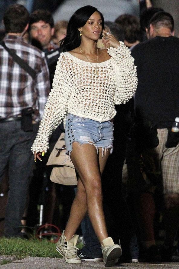 Rihanna Casual Style Fashion Pinterest
