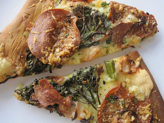 Fast & Easy Dinner: #Pepperoni and #Broccoli Rabe #Pizza
