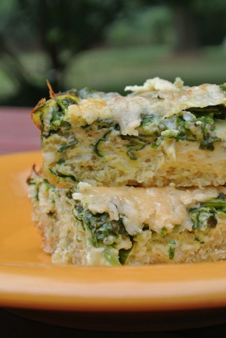 Cheesy Quinoa Breakfast Bake | The Foodie Realm | Pinterest