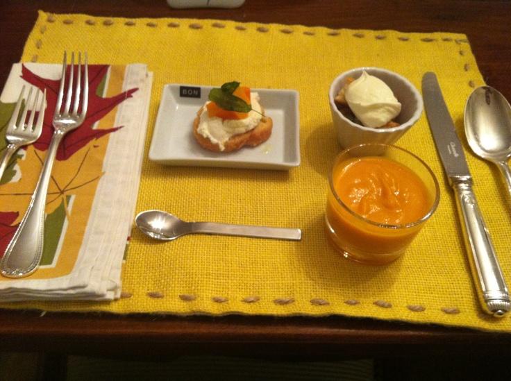 ... /recipes/food/views/Butternut-Squash-Ricotta-and-Sage-Crostini-367711