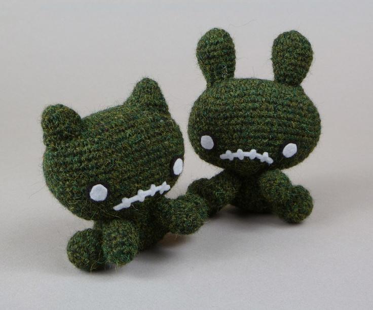 Crochet Zombie : Amigurumi zombies Creatures Pinterest