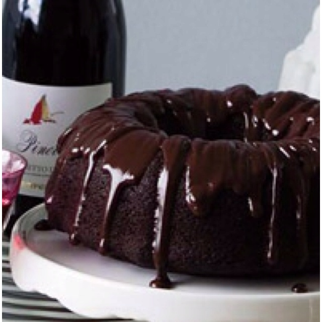 Chocolate Bundt Cake | Desserts and cakes | Pinterest