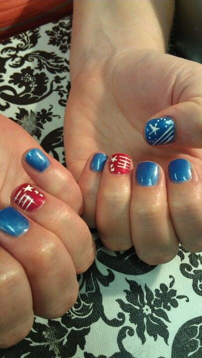 nails, shellac, colors hollywood and water park, 4th of July nails