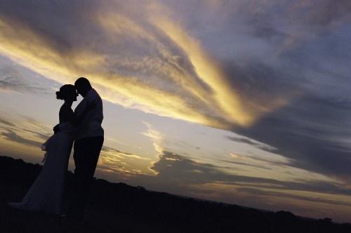 Cincinnati wedding photography at sunset wedding photo ideas pint