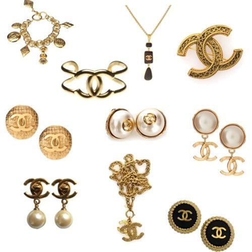 Vintage Chanel jewelry. I have one word- aaaaaahhhhhhhh!