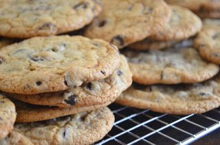Soft Batch Style Chocolate Chip Cookies | Food/Party Ideas | Pinterest