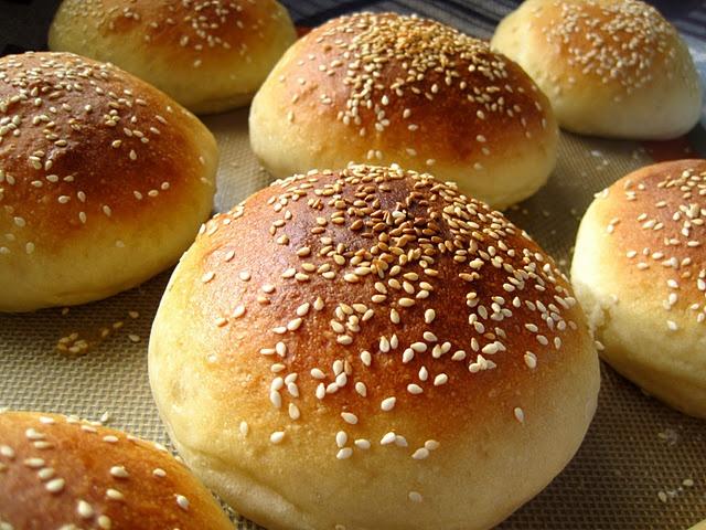 light brioche burger buns | Daily Bread ( yeast ) | Pinterest