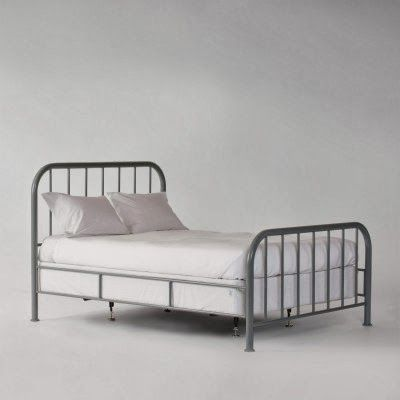 Old metal bed frame to paint dolan room ideas pinterest for How to paint a metal bed frame
