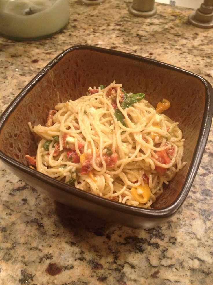 multigrain angel hair pasta with feta, sundried tomatoes, bell peppers ...