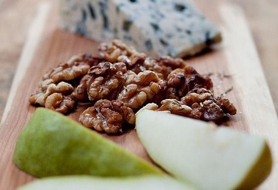 Roasted walnuts with rosemary butter walnut halves dried rosemary fine ...