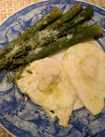 Delicious asparagus with lightly fried eggs and Parmesan cheese. Click ...