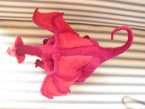 Free Knitting Pattern Dragon Toy : knitted dragon Knitting Pinterest
