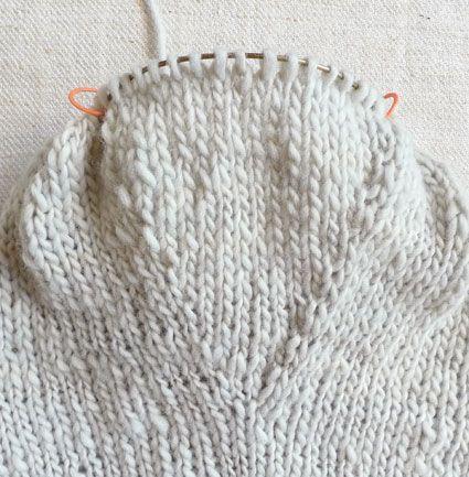 Knitting Pattern Oven Gloves : FREE KNITTING PATTERN FOR OVEN MITTS   KNITTING PATTERN