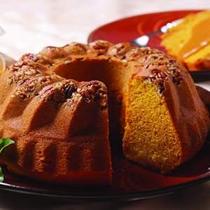 Bundt Cake with Spiced Caramel Sauce~ I'll be substituting apple sauce ...