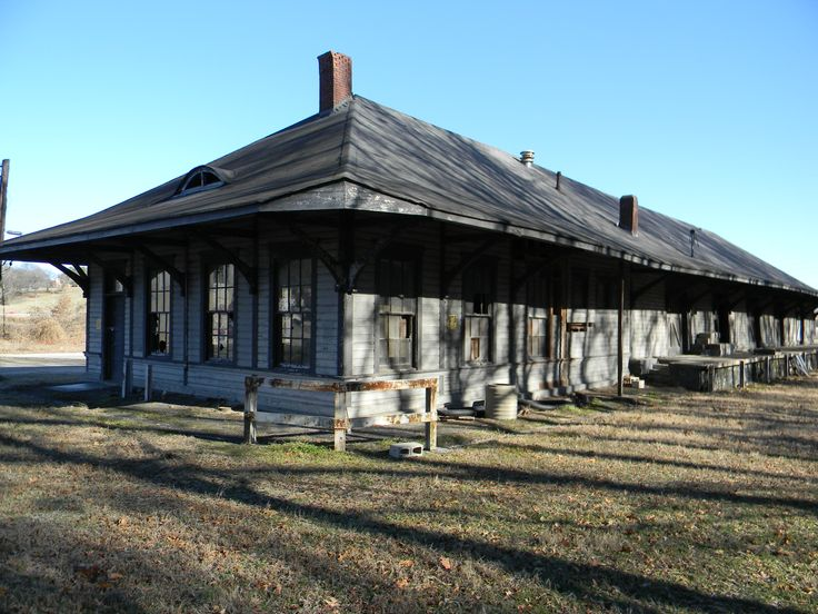 Old train depot - East Florence, Alabama