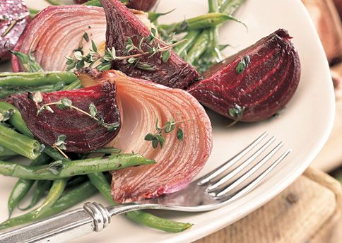 Roasted Green Bean, Red Onion and Beet Salad - Bon Appétit