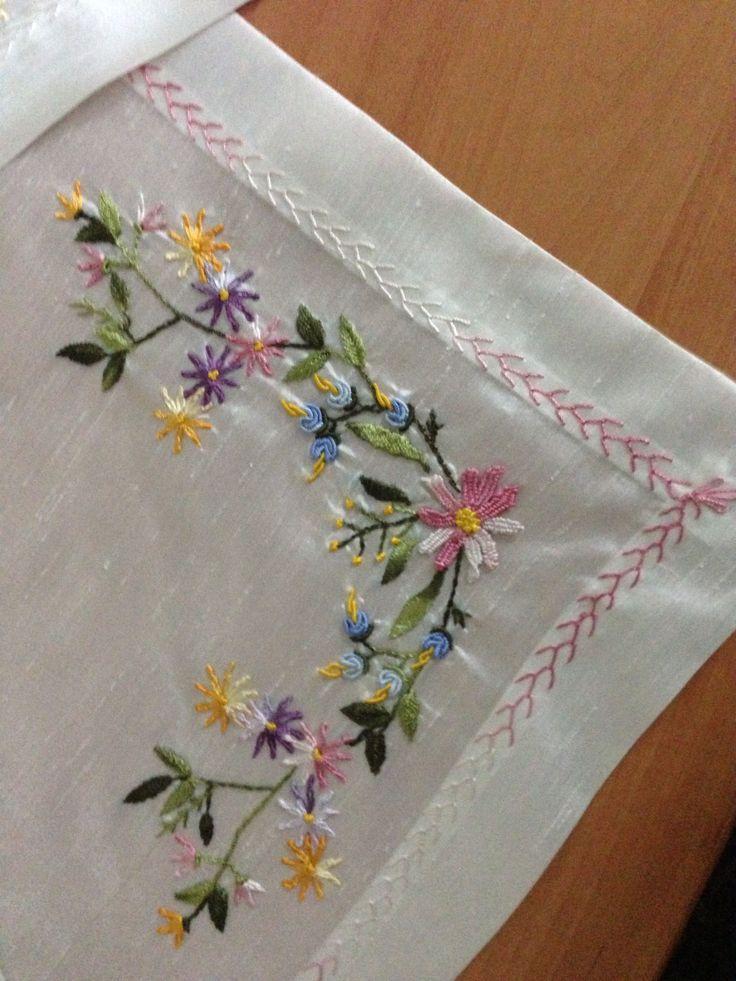 A design line embroidery belleville