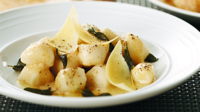 Gnocchi W/Butter & Sage Sauce Recipe — Dishmaps