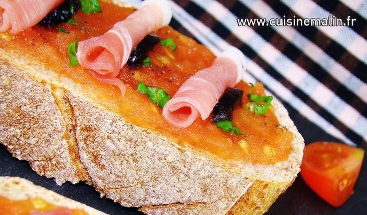 Pan Con Tomate (Spanish Tomato Bread) Recipe — Dishmaps