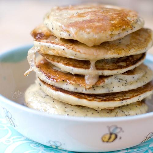 Buttermilk, Lemon and Poppy Seed Pancakes w Caramel.