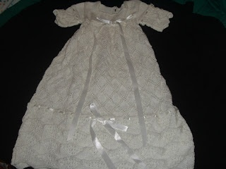 Knitting Pattern Central Preemie : Knit CHRISTENING GOWN BAUTIZO Pinterest