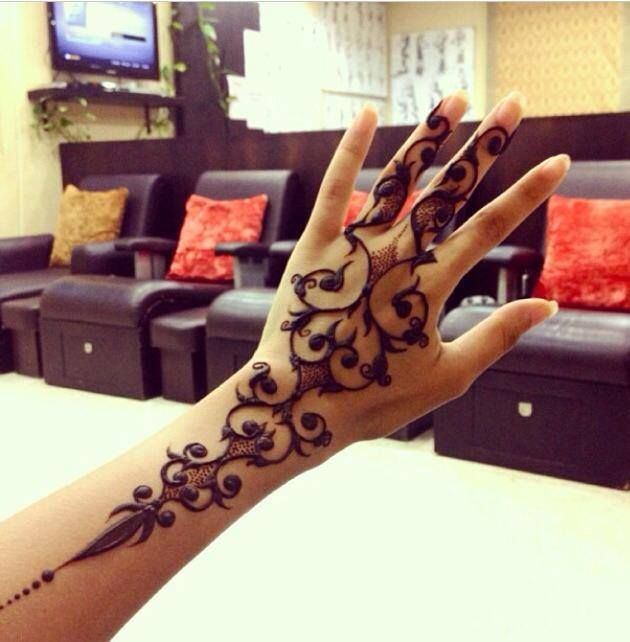 Modern Mehndi Design Images : Modern henna