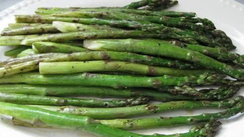Grilled Asparagus with Curry, Lime and Lemongrass Aioli | Recipe
